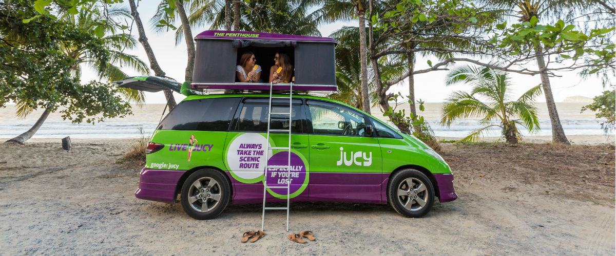 two girls in jucy campervan